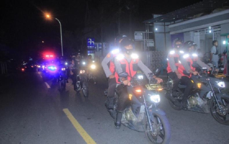 Polda Malut Gelar Patroli Prokes Datangi Pusat Keramaian di Ternate