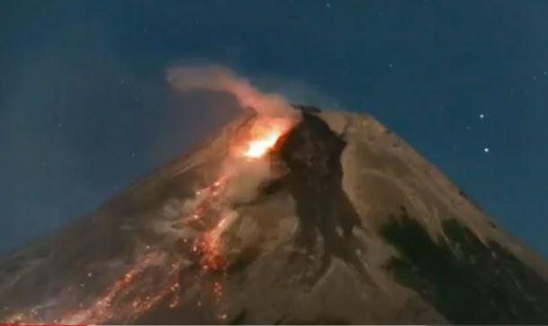 Selama Sepekan, Gunung Merapi Luncurkan 179 Kali Guguran Lava