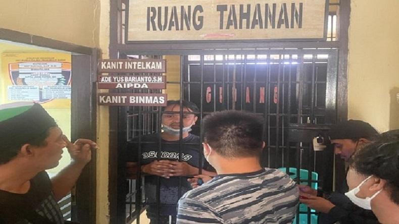 Polisi Tangkap Pembunuh Kepala BPBD, Warga: Dia Dekat dengan Korban