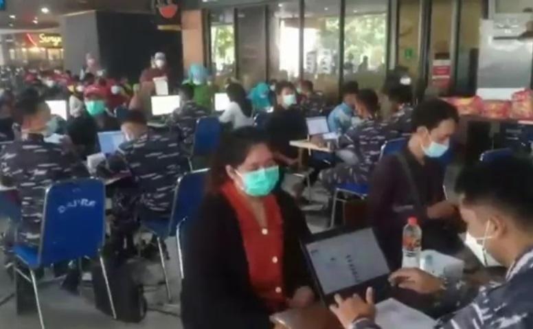 Stok Menipis, Puspenerbal Hentikan Sementara Vaksinasi Massal di Bandara Juanda