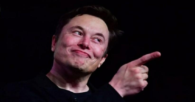 Elon Musk Bantah Pernah Ingin Menjadi CEO Apple