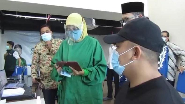 Waduh, Warga Bandung Tak Bisa Divaksin Gegara NIK Dipakai Orang Lain