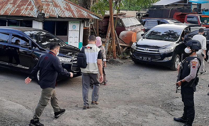7 Jam Geledah Kantor PT SW di Purbalingga, KPK Bawa Dua Koper