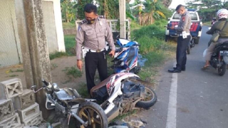 Tabrakan Maut di Jalan Poros Gowa-Takalar, 2 Pengendara Motor Tewas