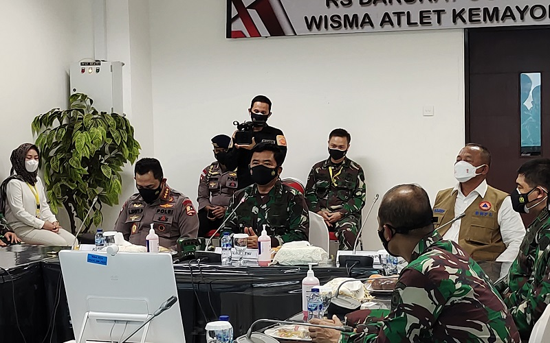 Kunjungi RSDC Wisma Atlet, Panglima TNI Ingatkan Perang Lawan Covid-19 Belum Selesai