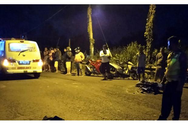 Dua Motor Tabrakan Adu Banteng di Jalan Godean, Satu Orang Tewas