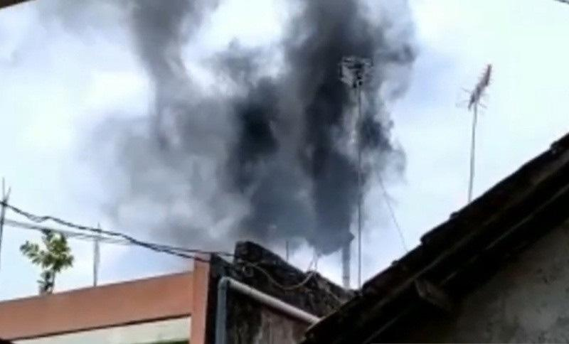 Asap Pembakaran Limbah Medis Cemari Lingkungan, RSUD Kudus Diprotes Warga