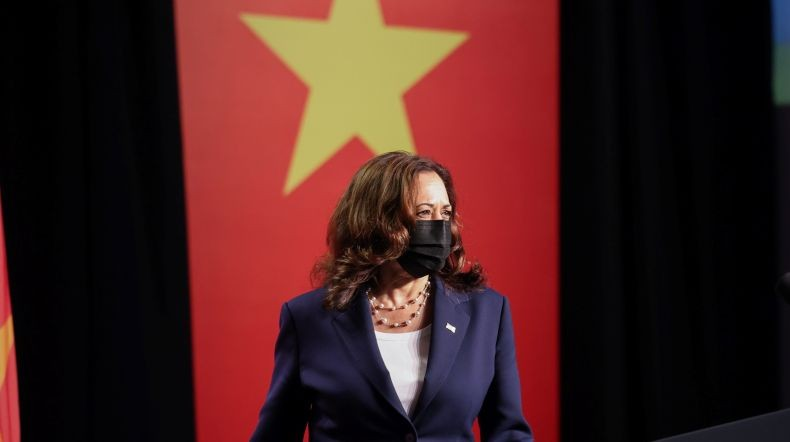 Wapres AS Kamala Harris Ajak Vietnam Lawan Tekanan China soal Konflik Laut China Selatan