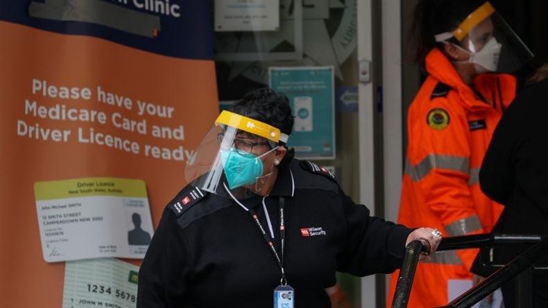 Australia Alami Lonjakan Kasus Covid-19, Rumah Sakit Mulai Bangun Tenda di Halaman