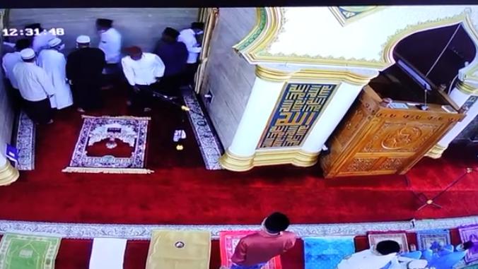 Innalillahi, Imam Masjid Baitul Izza Bengkulu Meninggal saat Khutbah