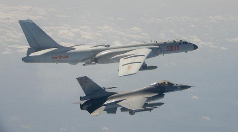 Panas Lagi, 19 Pesawat Tempur China Termasuk Pengebom Masuki Zona Pertahanan Taiwan