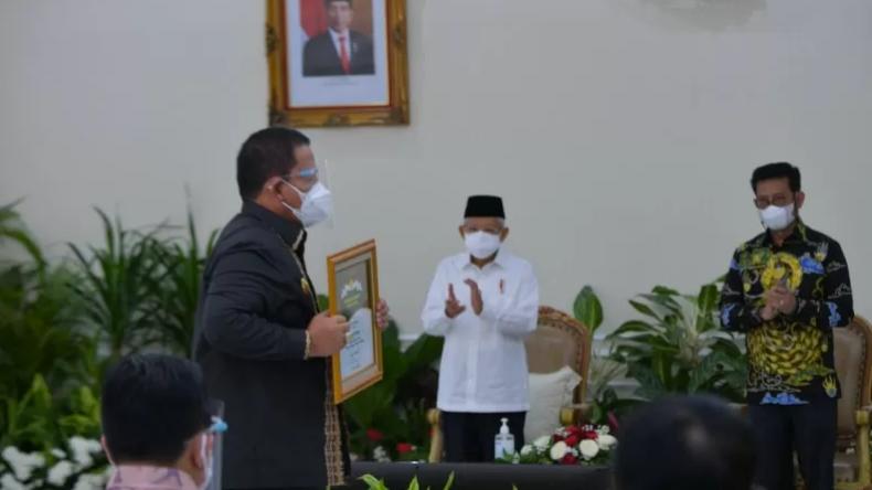 Gubernur Lampung Dapat Penghargaan Abdi Bakti Tani dari Wapres Ma'ruf Amin