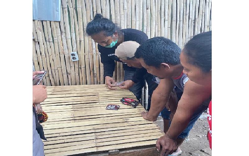 Polisi Nyaris Bentrok dengan Warga saat Tangkap Pasutri Pengedar Sabu