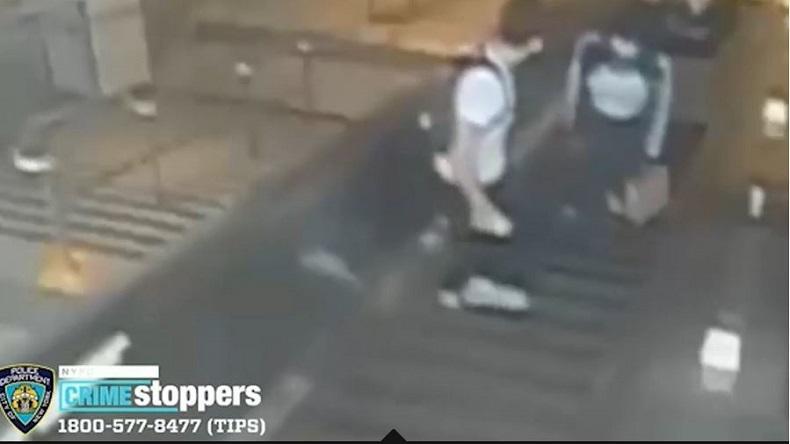 Kesal Ditegur, Pria Ini Tendang Perempuan di Eskalator Stasiun hingga Terjungkal