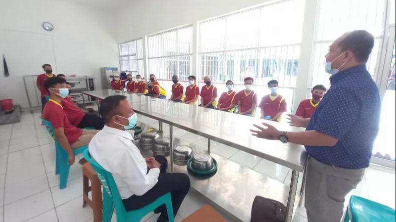 Ketika Napi Teroris di Lampung Belajar Membuat Roti