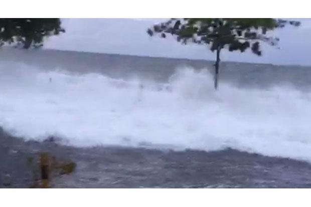 Waspada, Gelombang Tinggi hingga 4 Meter Berpotensi Terjadi di Laut Sulawesi