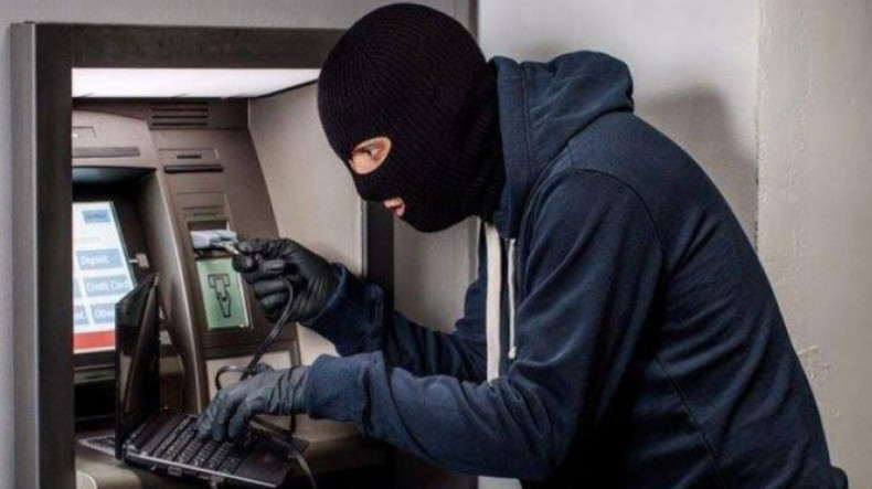 Pencuri Bobol Mesin ATM di Semarang, Uang Ratusan Juta Rupiah Digasak