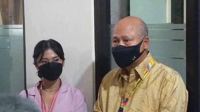 Hadir di Sidang Cerai Perdana, Tyna Kanna Minta Doa Terbaik untuk Keluarganya