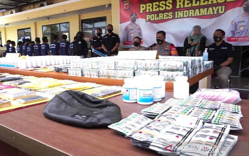 Bandar Besar Obat Keras di Indramayu Ditangkap, 211.500 Pil Memabukkan Disita