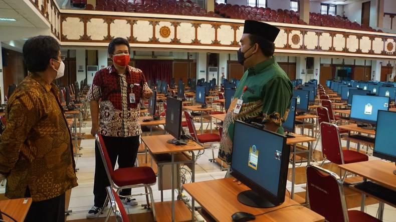 Bupati Blora Puji Pelaksanaan Tes SKD CASN di UNS
