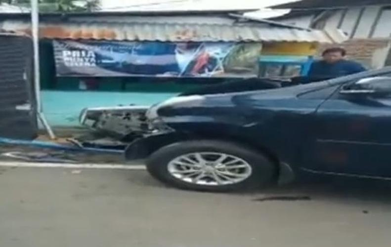Mobil Tabrak 2 Sepeda Motor di Purwokerto, 1 Pengendara Tewas