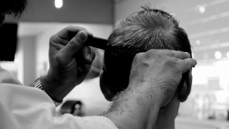 Taliban Berkuasa, Tukang Cukur di Afghanistan Dilarang Pangkas Jenggot