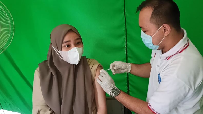 Antusiasme Warga Tinggi Ikuti Gebyar Vaksinasi Covid-19 DPRD Babel, 300 Dosis Disiapkan