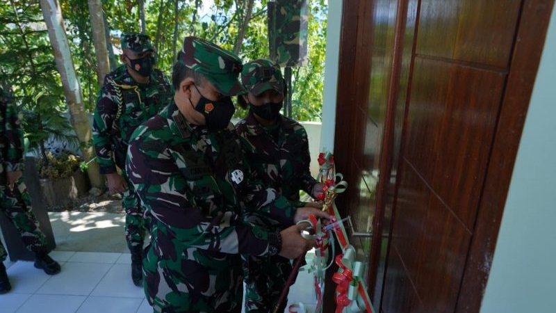 Pangdam Kasuari Resmikan Barak untuk Prajurit Kowad