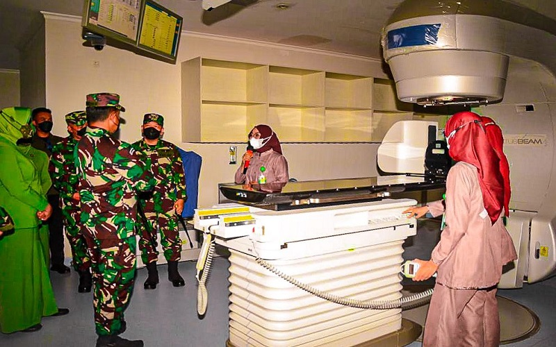Pangdam Siliwangi Resmikan Alat Terapi Penyembuh Kanker di RS Ciremai Cirebon