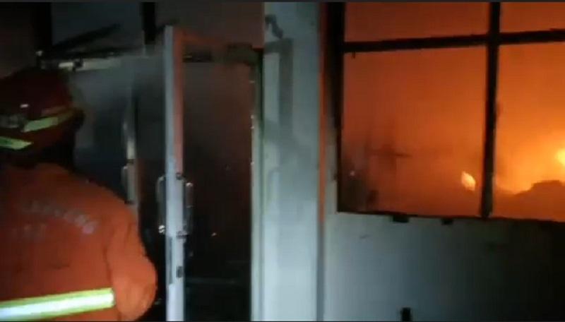 Kantor Kementerian PUPR di Surabaya Terbakar, 4 Ruangan Ludes Dilalap Api