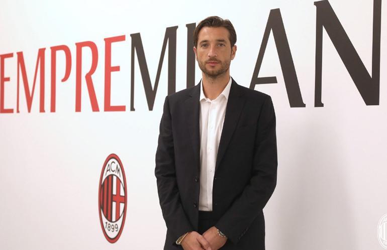 AC Milan Resmi Rekrut Kiper 38 Tahun Mantan Amunisi Juventus