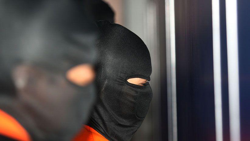 Calo Umrah Berkedok Pegawai Kemenko Polhukam Ditangkap