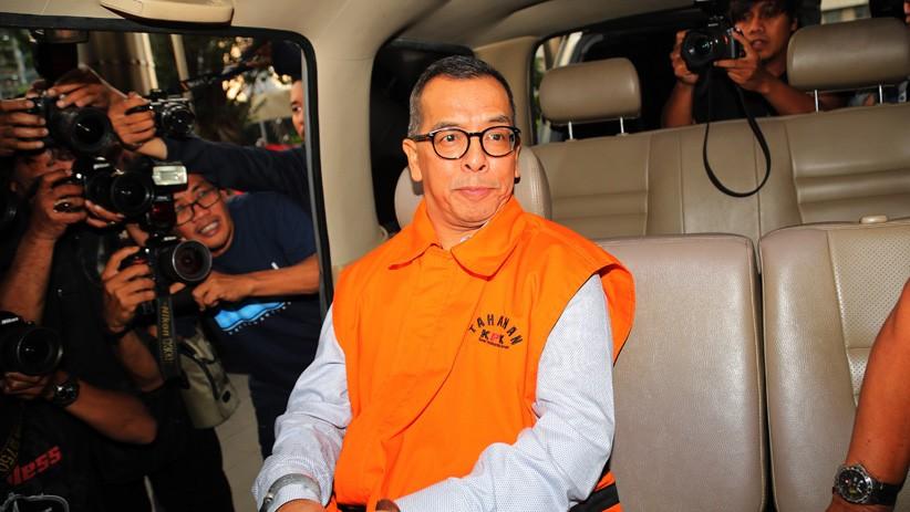 KPK Tahan Mantan Dirut Garuda Indonesia Emirsyah Satar