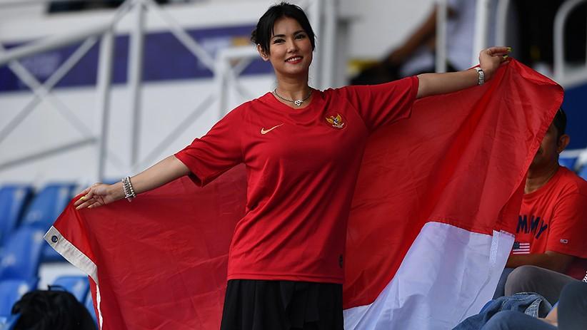 Begini Gaya Maria Ozawa saat Jadi Suporter Timnas Indonesia
