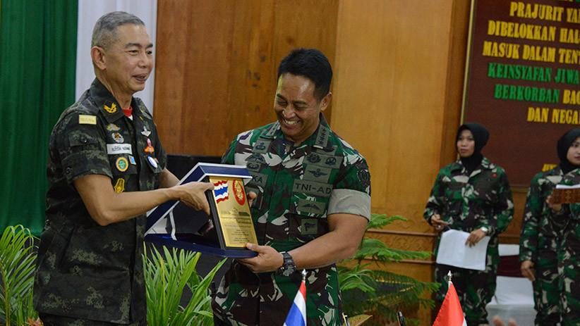 KSAD Andika Perkasa dan Panglima AD Thailand Perkuat Kerja Sama Militer